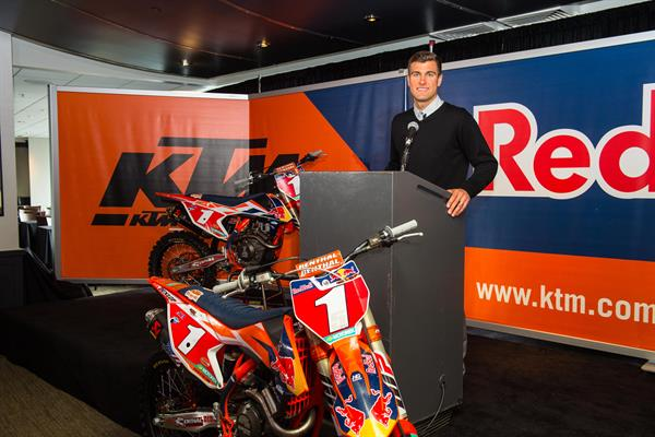 RYAN DUNGEY_RED BULL KTM FACTORY RACING TEAM