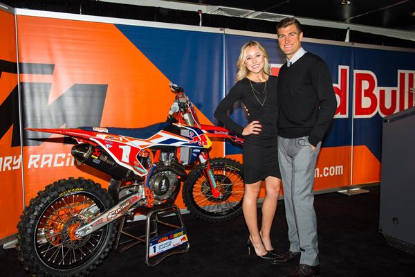 RYAN AND LINDSAY DUNGEY