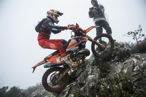 WEBB AND GOMEZ FINISH 2-3 AT RED BULL MINAS RIDERS HARD ENDURO RALLY