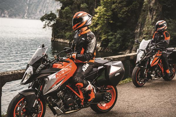 KTM 1290 SUPER DUKE GT MY2018