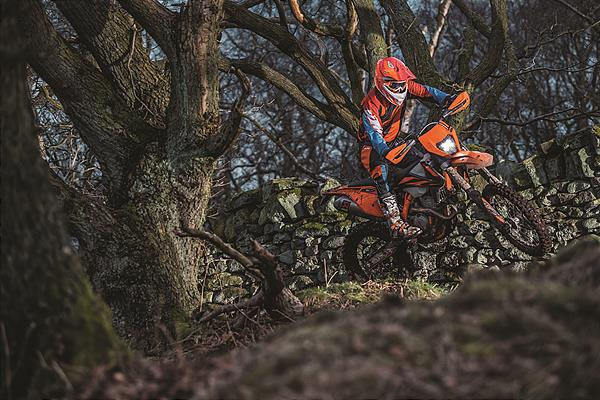 Action_KTM 350 EXC-F MY2019_02
