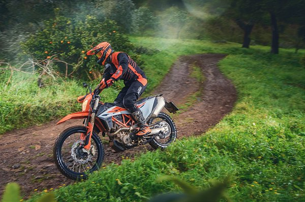 Action_KTM 690 ENDURO R MY2019