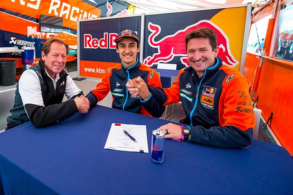 Musquin Contract Extension