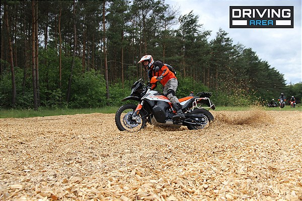 KTM x DRIVING AREA WESENDROF (10)