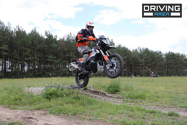 KTM x DRIVING AREA WESENDROF (8)