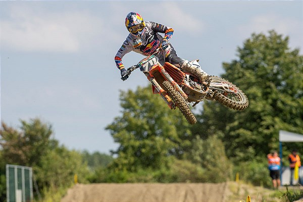 Rene Hofer Red Bull KTM 250 SX-F 2020 Axel