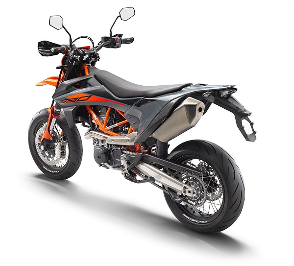 KTM 690 SMC R 2021 rear left