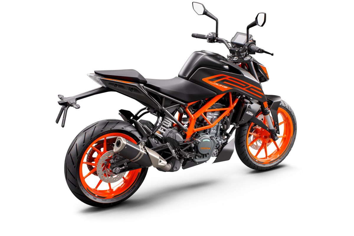 KTM 125 DUKE - rear right black