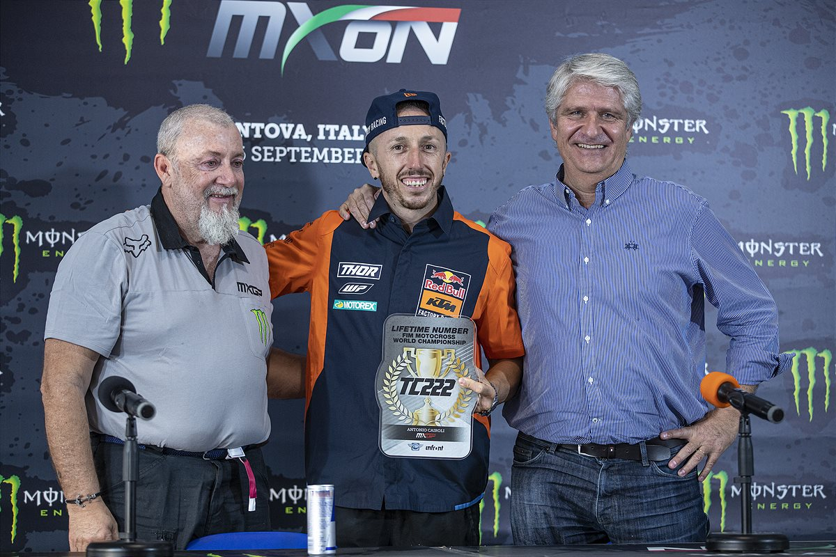 Tony Cairoli KTM 222 number retirement with Infronts Giuseppe Luongo & FIMs Jorge Viegas